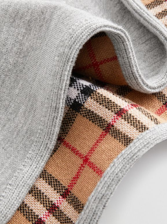 Reversible Check Merino Wool Jacquard Poncho in Grey Melange - Children | Burberry - cell image 1
