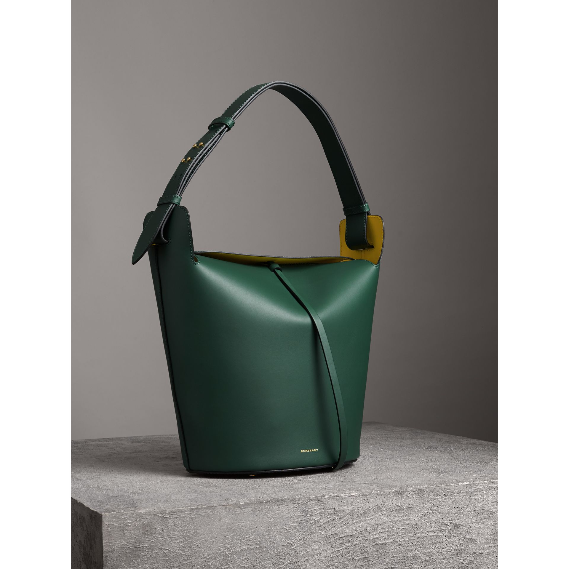 The Large Leather Bucket Bag in Viridian Green - Women | Burberry - gallery image 5