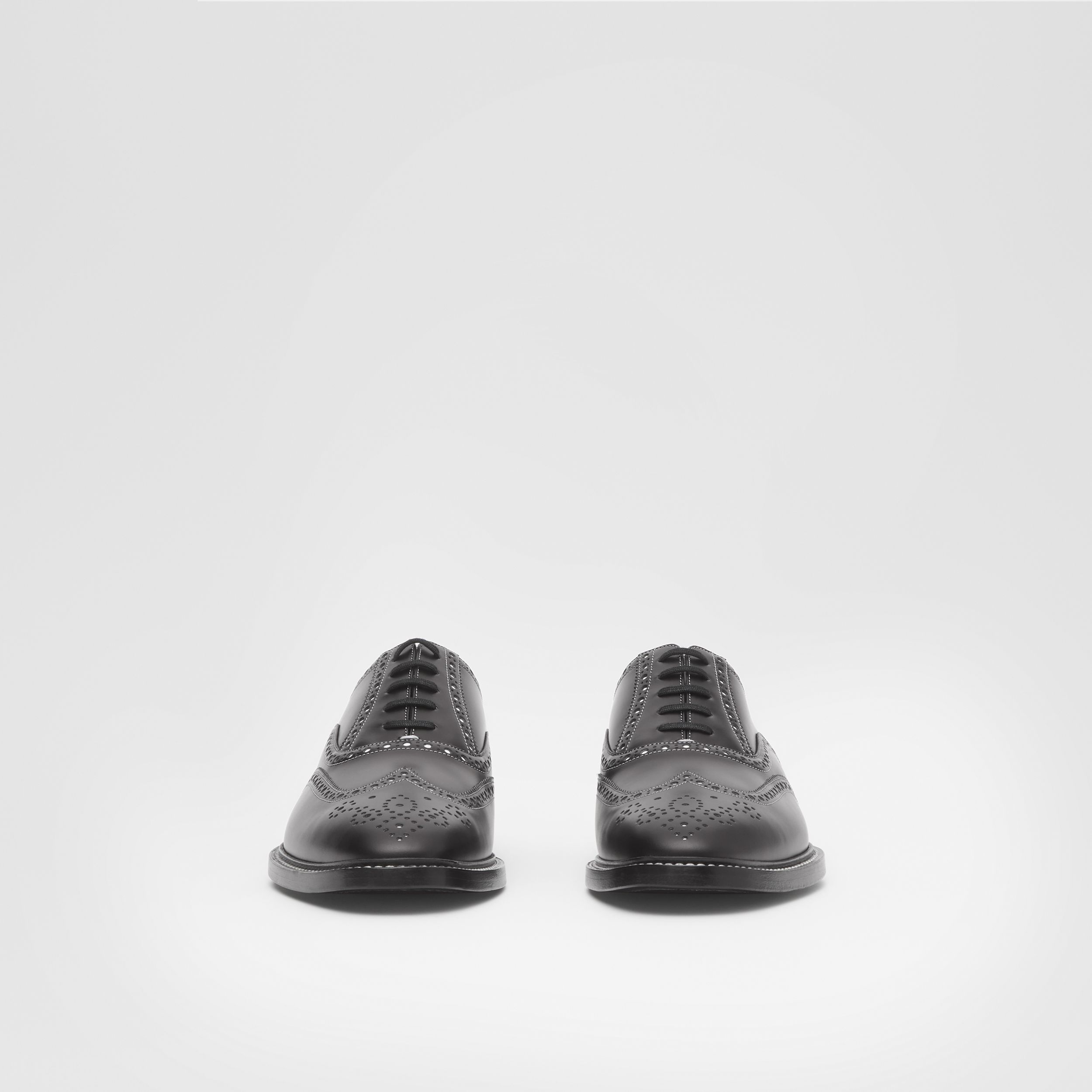 D-ring Detail Two-tone Leather Oxford Brogues in Black/white - Men | Burberry - 3