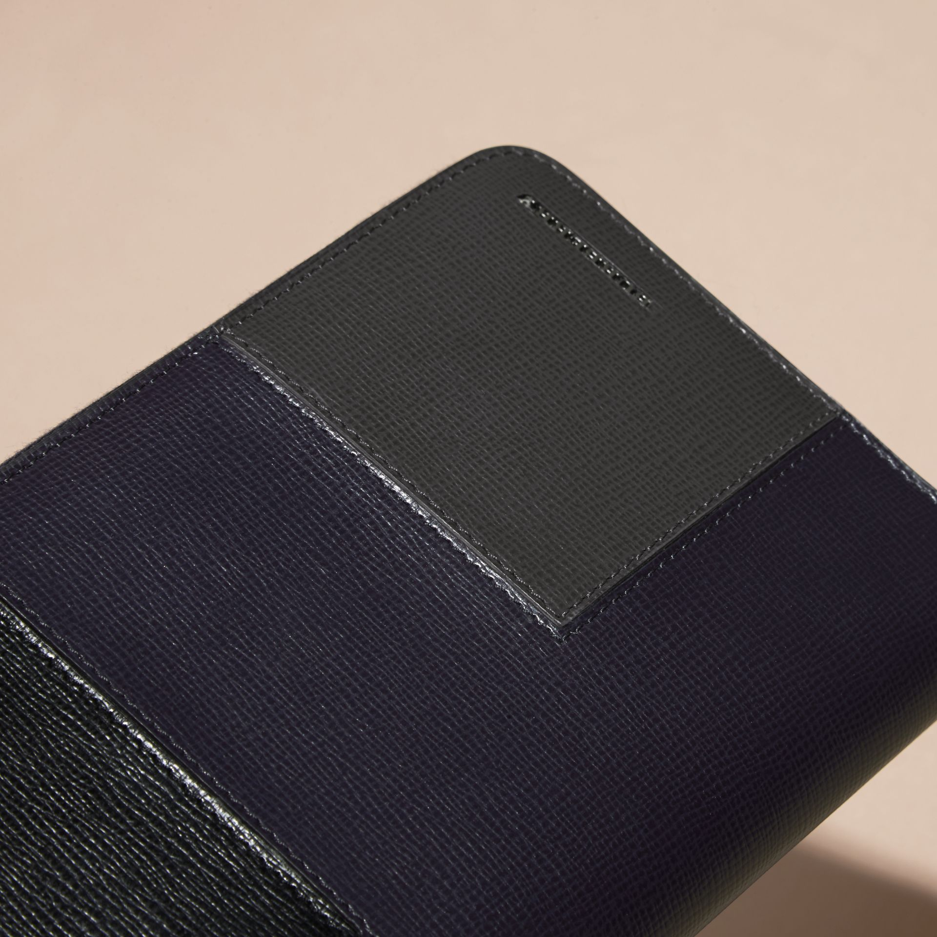 Dark navy Panelled London Leather Ziparound Wallet Dark Navy - gallery image 2
