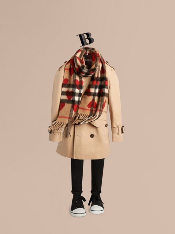 The Mini Classic Cashmere Scarf in Check and Hearts Parade Red - cell image 2