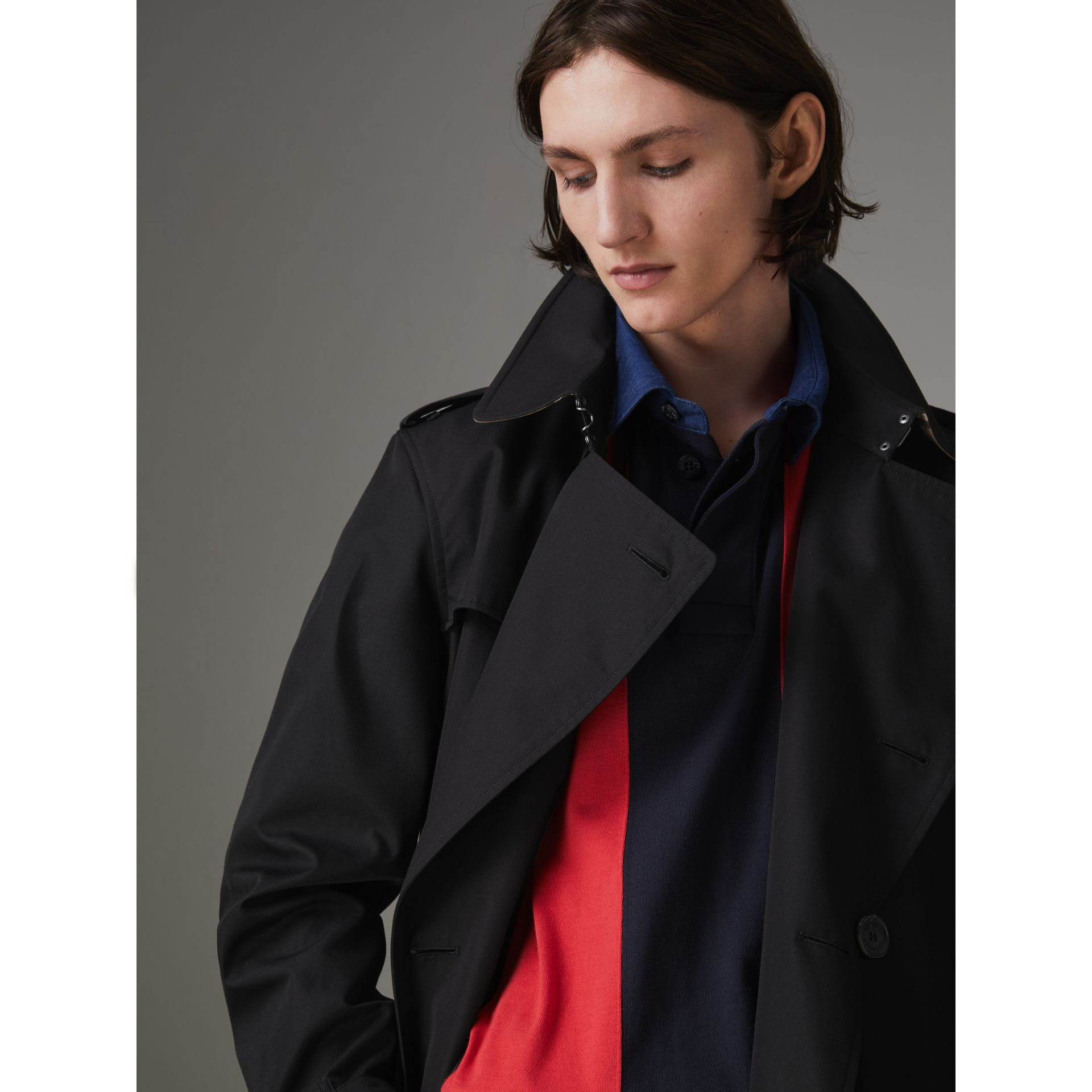 The Chelsea – Trench Heritage long (Noir) - Homme | Burberry Canada - photo de la galerie 4