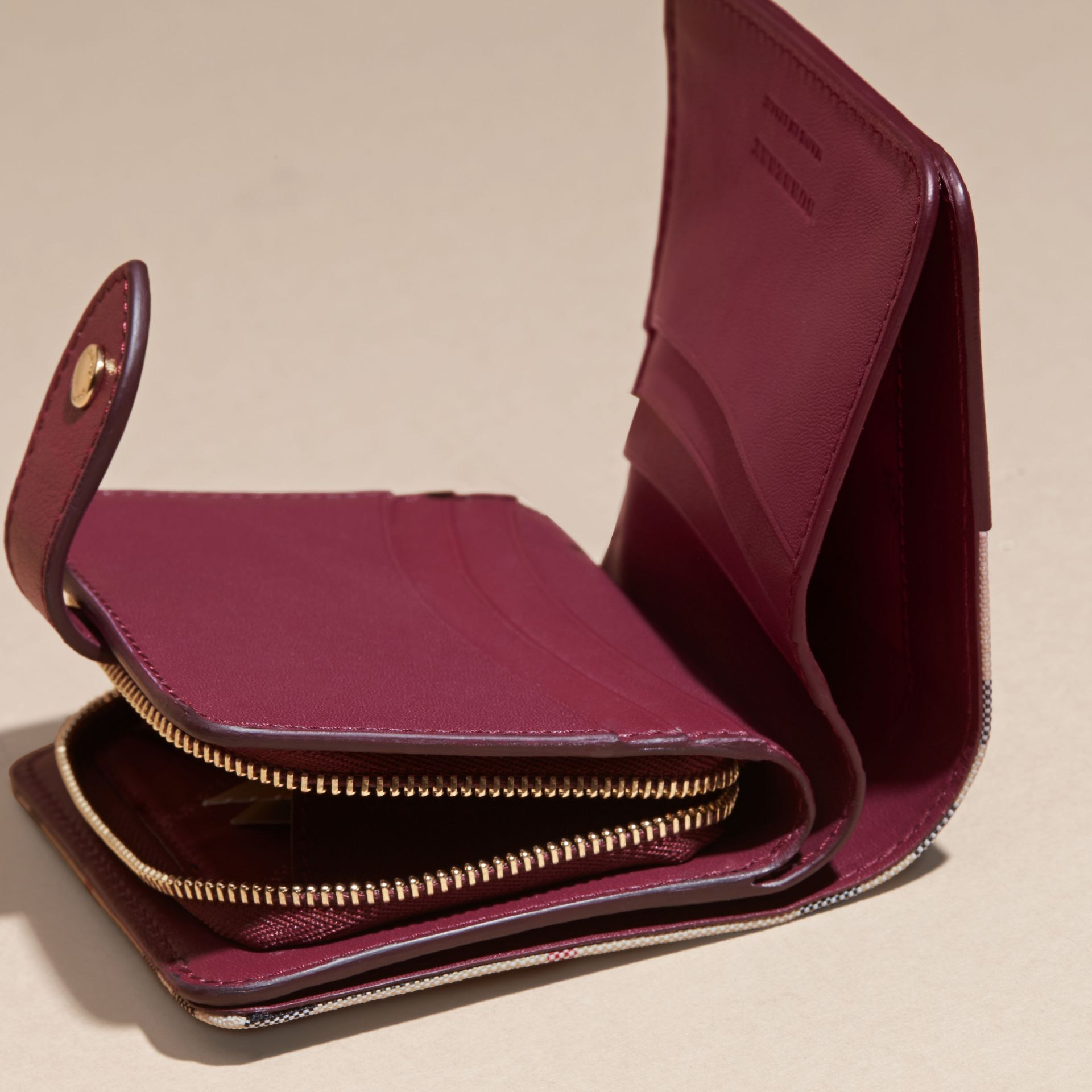 Dark plum Horseferry Check and Leather Wallet Dark Plum - gallery image 5
