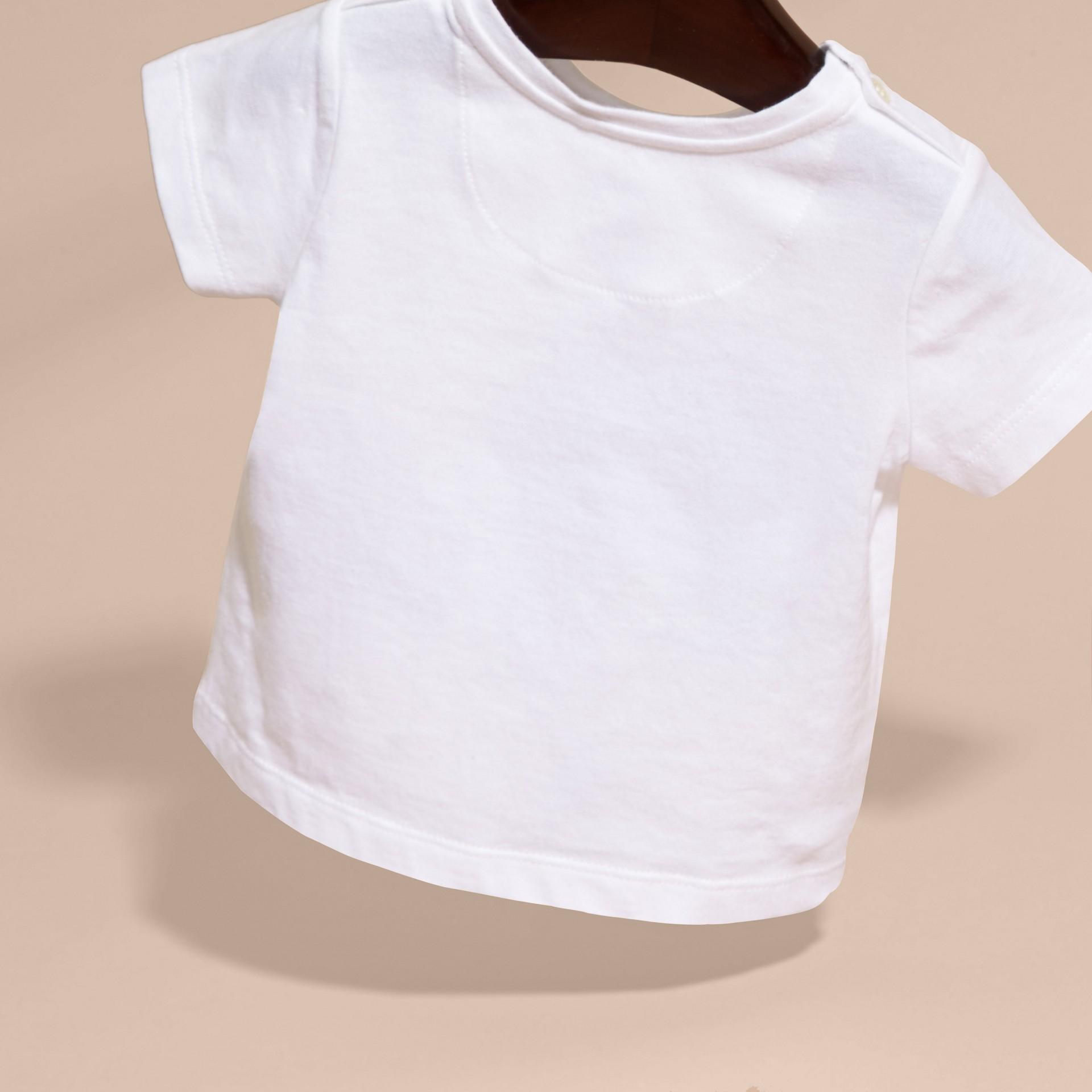 Bianco T-shirt in cotone con cane - immagine della galleria 4