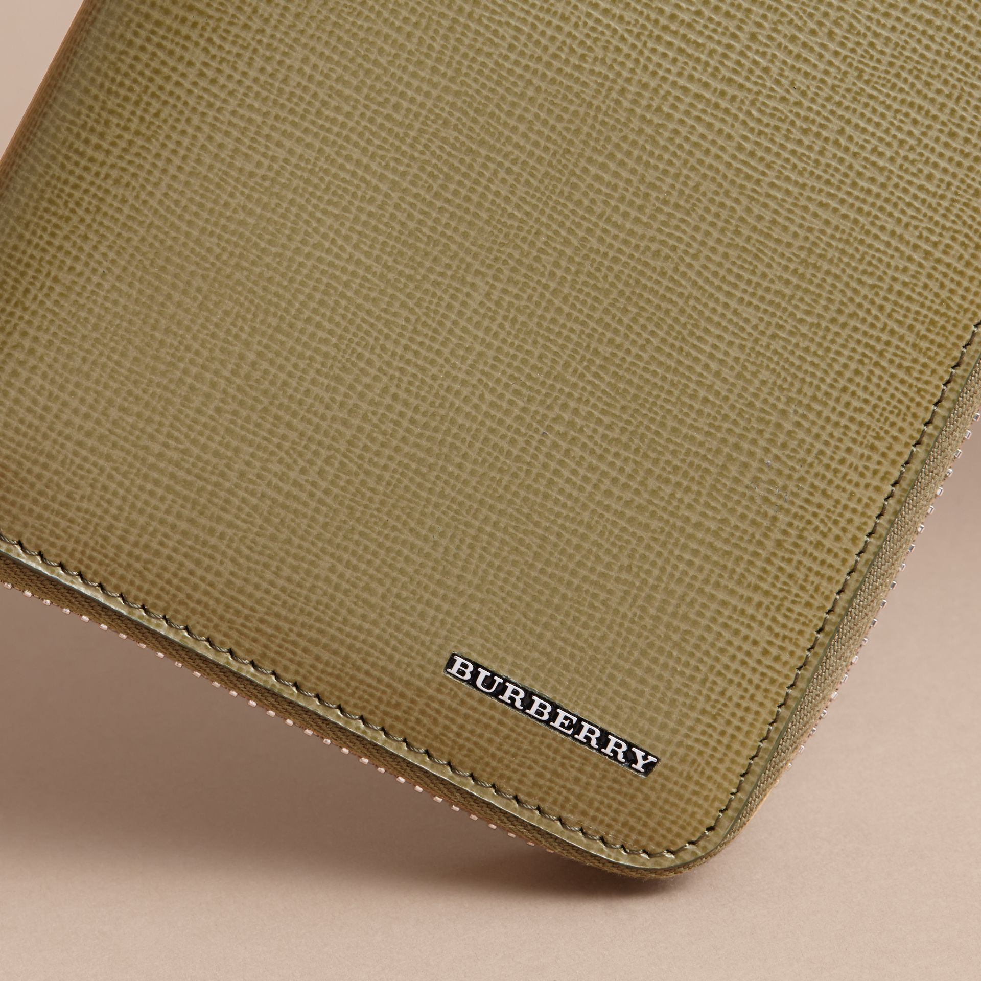 London Leather Ziparound Wallet in Olive Green | Burberry - gallery image 2