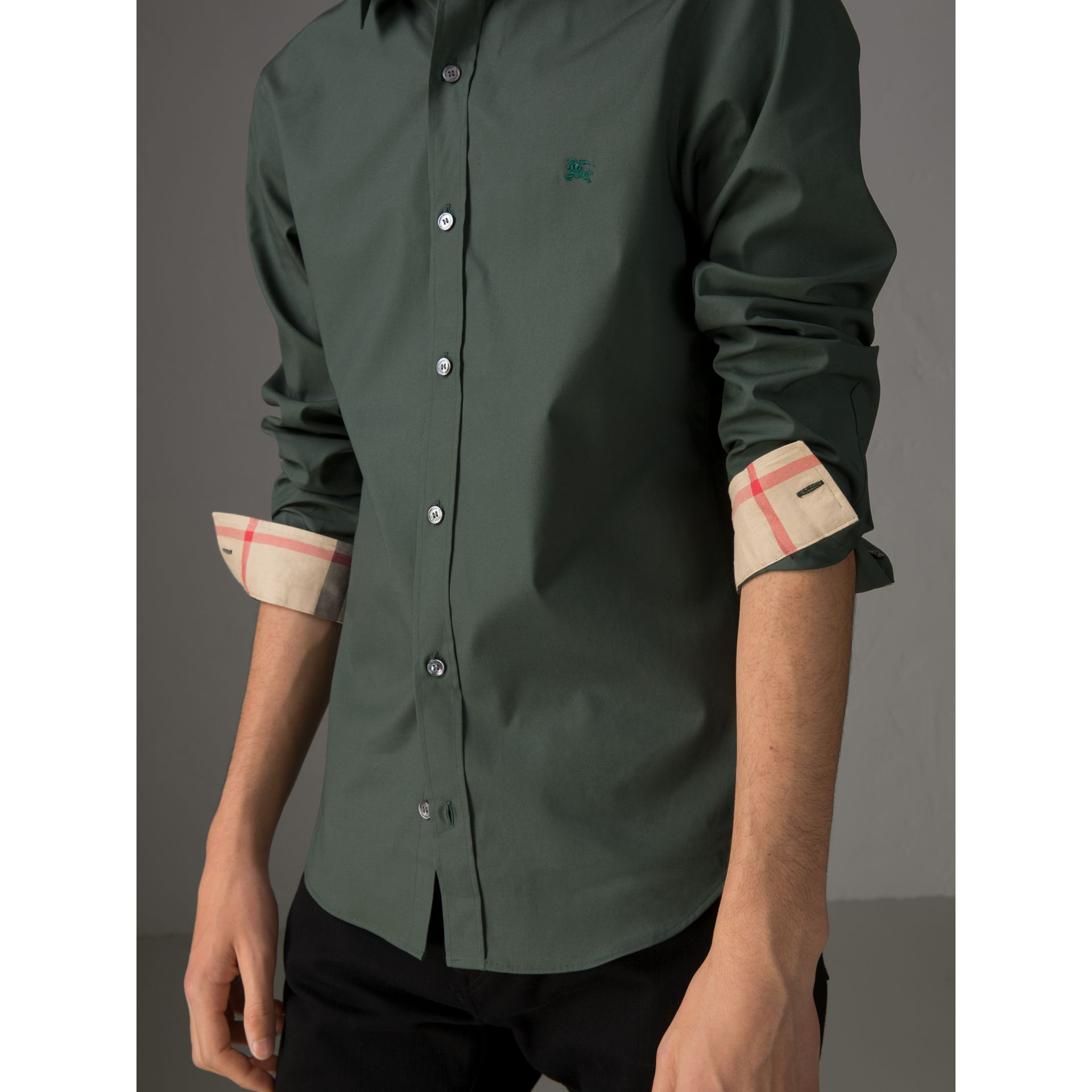 Check Detail Stretch Cotton Poplin Shirt in Dark Forest Green - Men | Burberry - gallery image 1