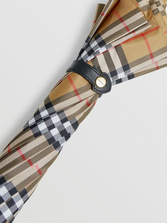 Vintage Check Walking Umbrella in Antique Yellow/black | Burberry Australia - cell image 1