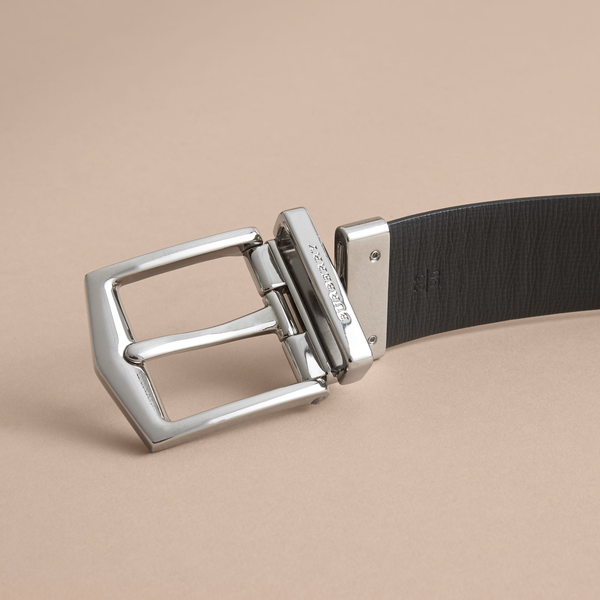 Reversible London Leather Belt in Tan/black - gallery image 6