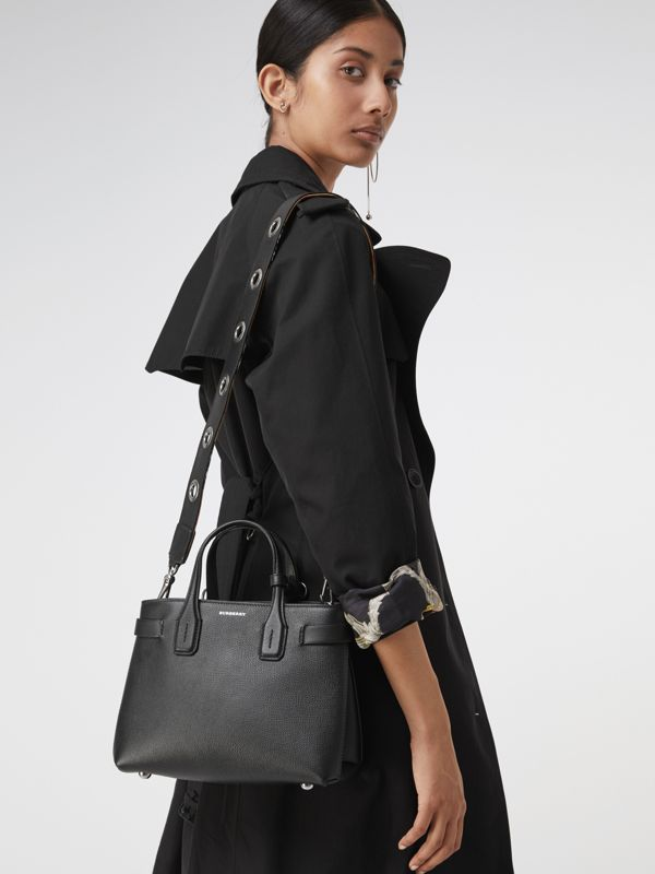 The Small Banner in Grainy Leather in Black - Women | Burberry - cell image 3