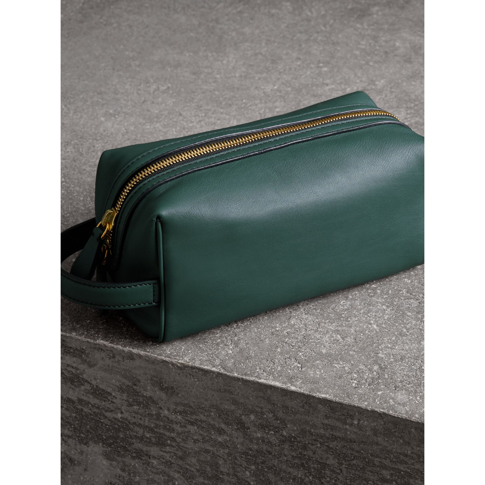 Graffiti Print Leather Pouch in Deep Bottle Green | Burberry United Kingdom - gallery image 4