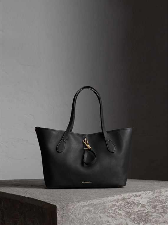 Medium Grainy Leather Tote Bag in Black - Women | Burberry