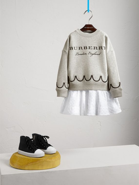 Sweat-shirt en jersey de coton à détail festonné - Fille | Burberry