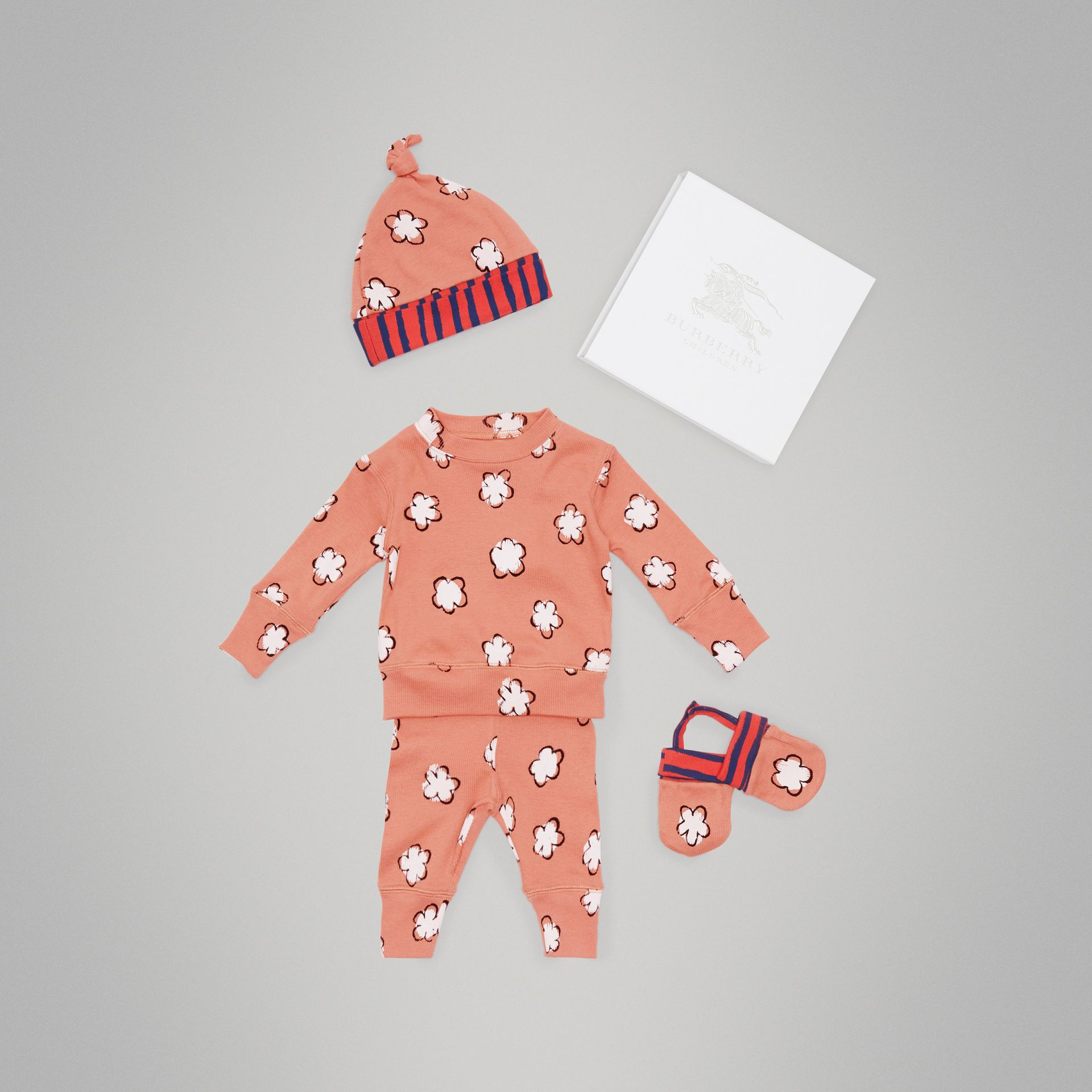 Flower Print Cotton Four-piece Baby Gift Set in Dusty Pink - Children | Burberry - gallery image 0