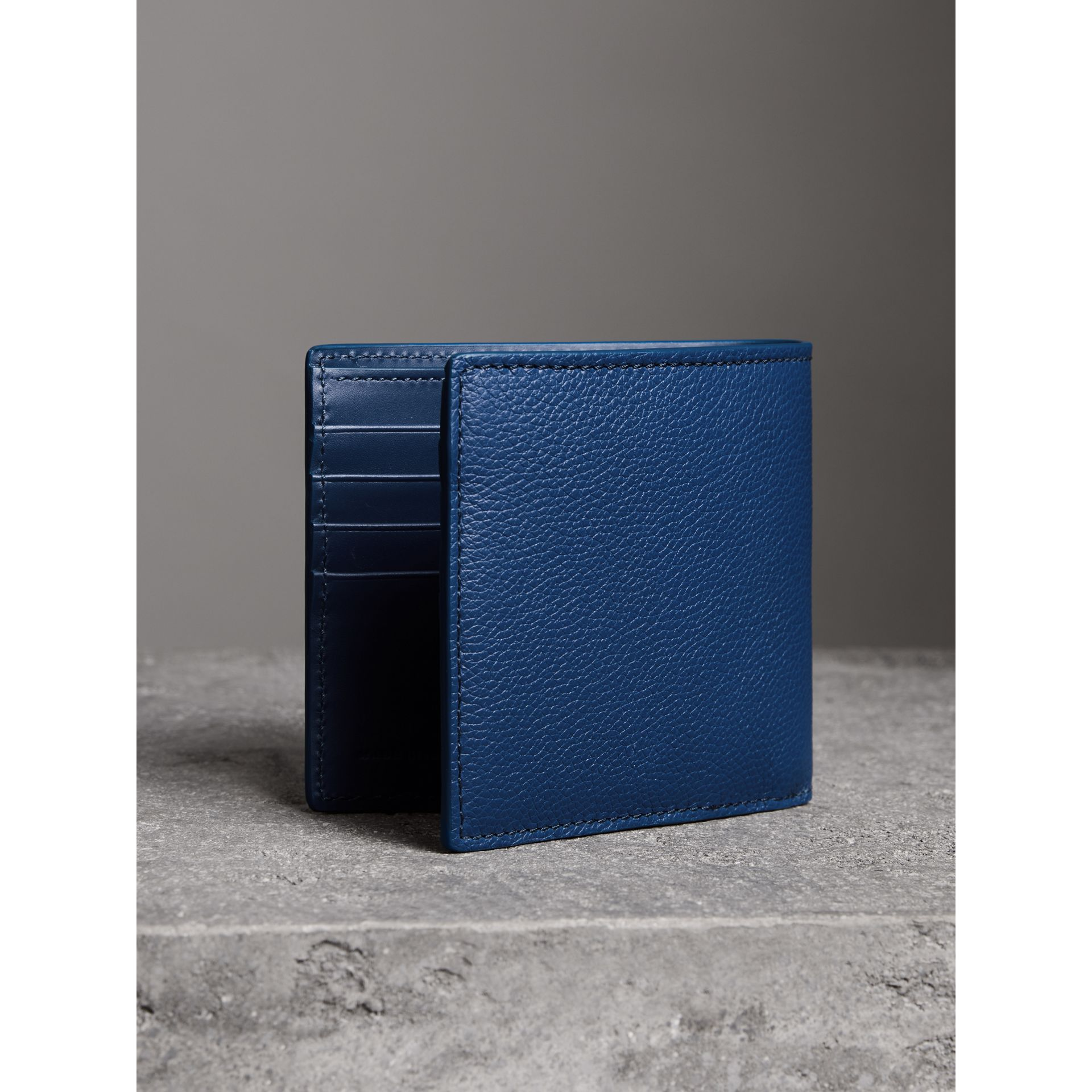 Grainy Leather International Bifold Wallet in Bright Ultramarine - Men | Burberry Canada - gallery image 2