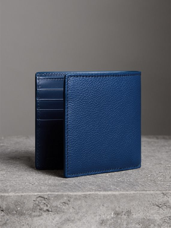 Grainy Leather International Bifold Wallet in Bright Ultramarine - Men | Burberry United Kingdom - cell image 2