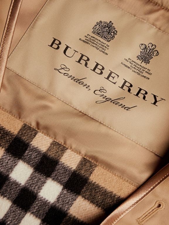 Sandringham Fit House Check Cashmere Wool Warmer in Camel - Men | Burberry - cell image 1