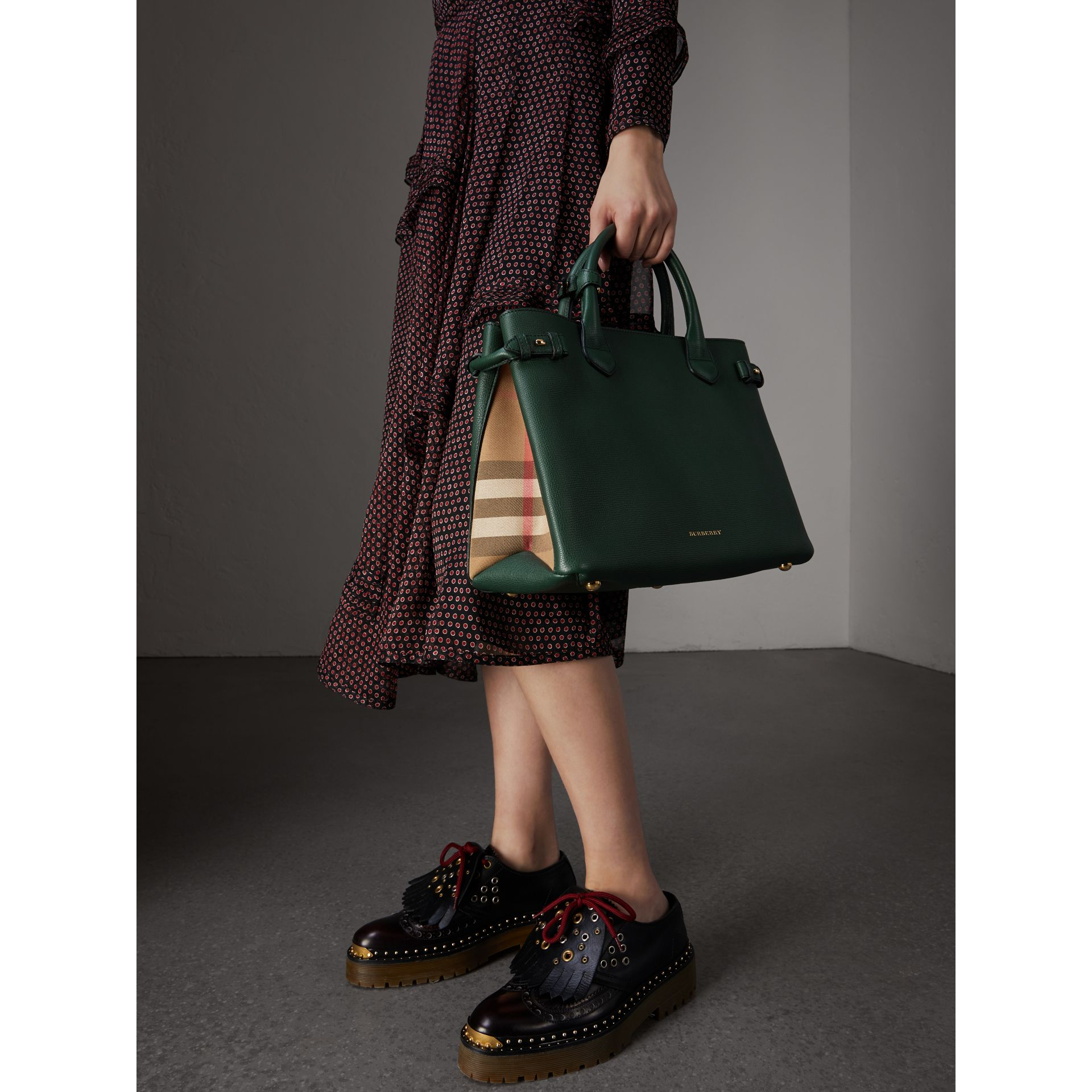 The Medium Banner in Leather and House Check in Dark Bottle Green - Women | Burberry Canada - gallery image 3