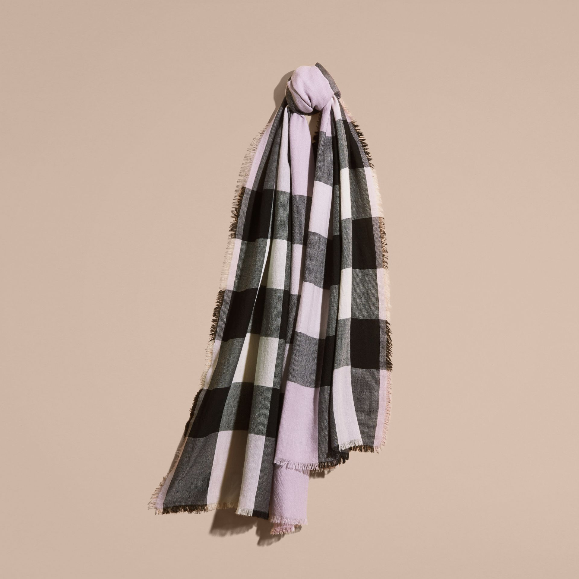 The Lightweight Cashmere Scarf in Check Dusty Lilac - gallery image 5