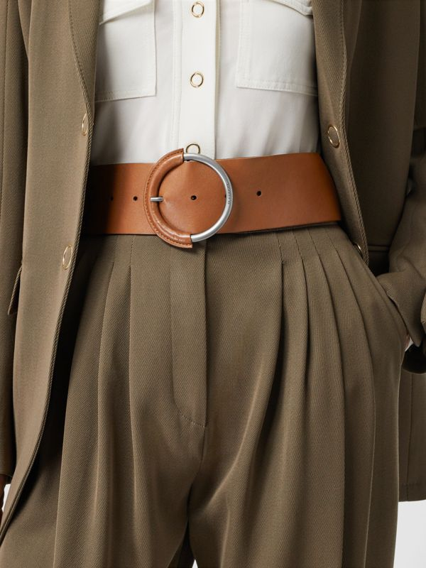 Round Buckle Leather Belt in Tan - Women | Burberry - cell image 2