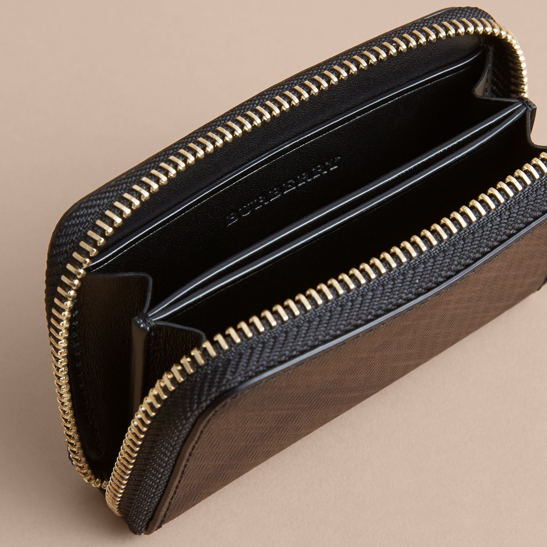 London Check Ziparound Coin Case in Chocolate/black - Men | Burberry - gallery image 4