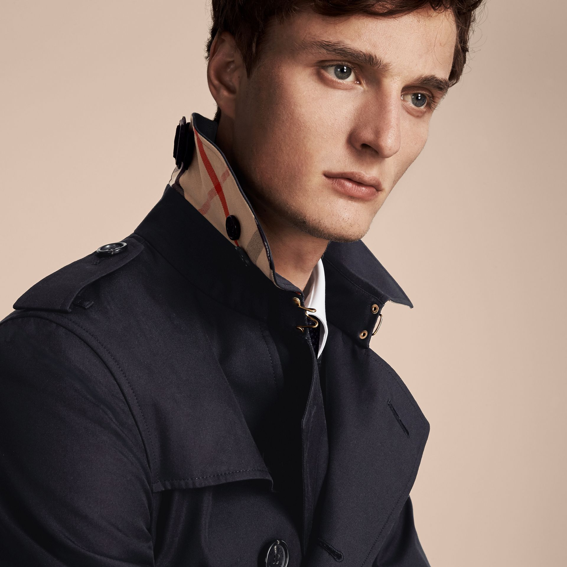 Navy The Chelsea – Mid-length Heritage Trench Coat Navy - gallery image 5