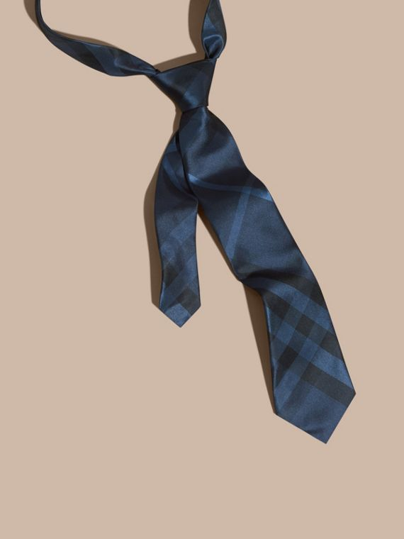 Classic Cut Check Silk Tie in Navy
