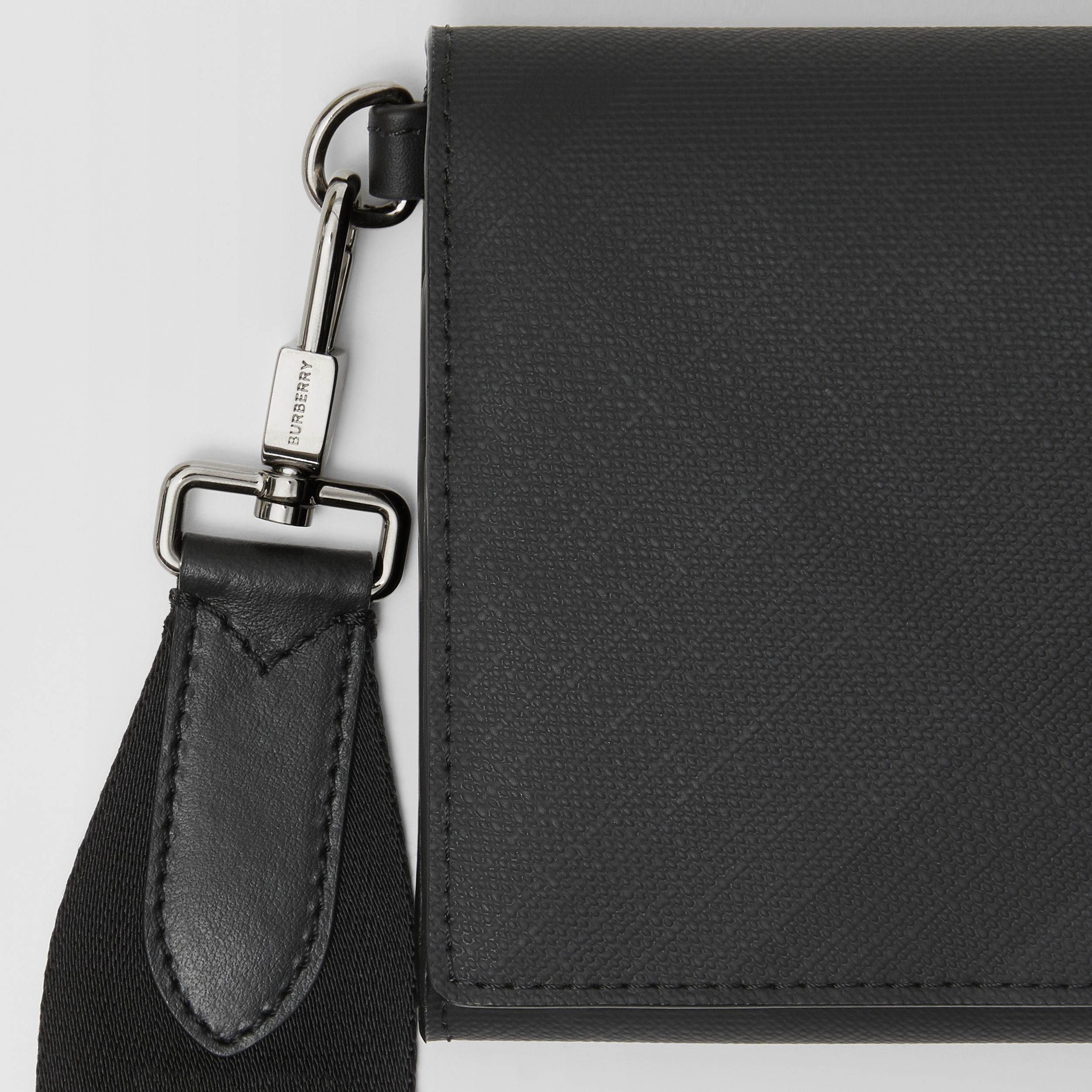 London Check Wallet with Detachable Strap in Dark Charcoal | Burberry - 2