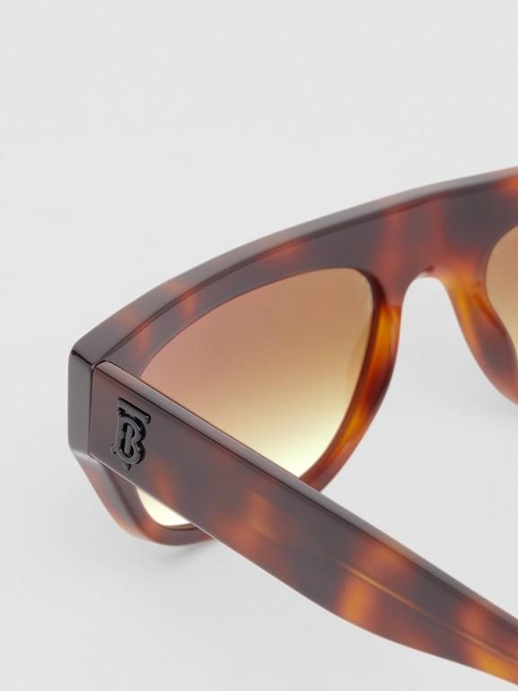 Monogram Motif Rectangular Frame Sunglasses in Amber Tortoiseshell | Burberry - cell image 1