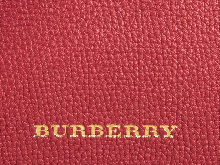 The Small Banner in Leather and House Check Russet Red - cell image 1