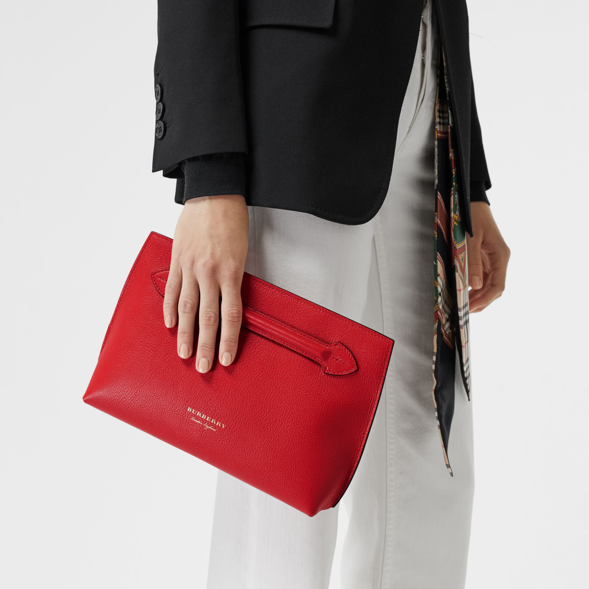 Grainy Leather Wristlet Clutch in Bright Red - Women | Burberry United Kingdom - gallery image 3