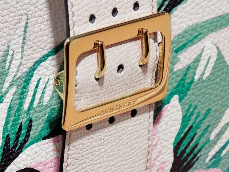 The Medium Buckle Tote in Peony Rose Print Leather in Natural/emerald Green - cell image 1