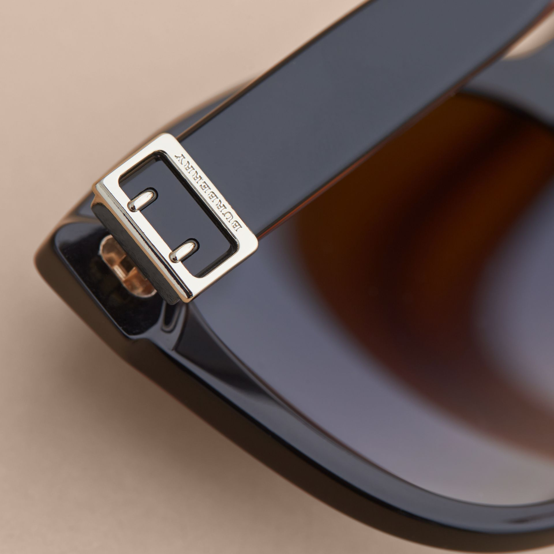 Buckle Detail Cat-eye Frame Sunglasses in Black - Women | Burberry United Kingdom - gallery image 1
