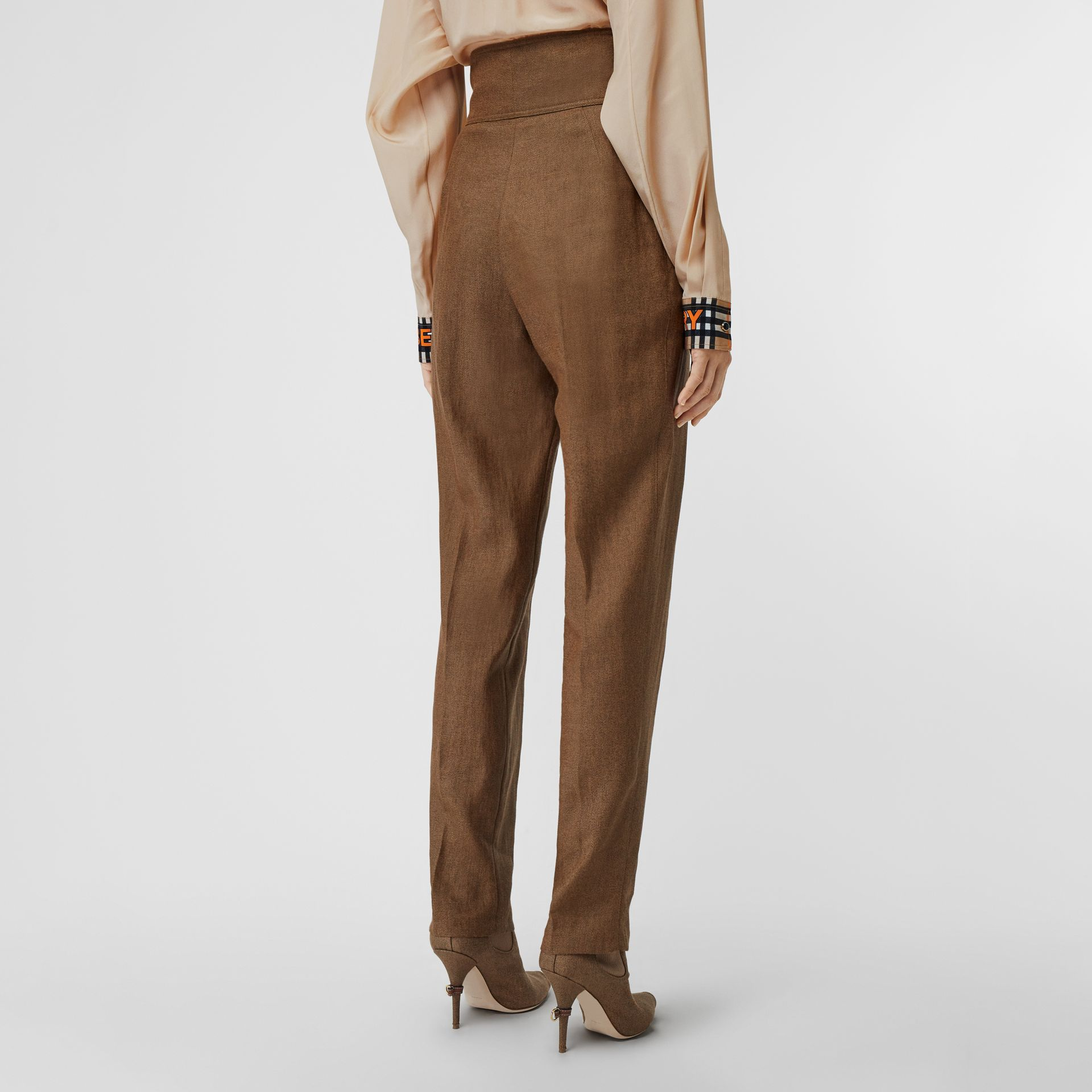 Pleat Detail Technical Linen Tailored Trousers in Flaxseed - Women | Burberry - gallery image 2