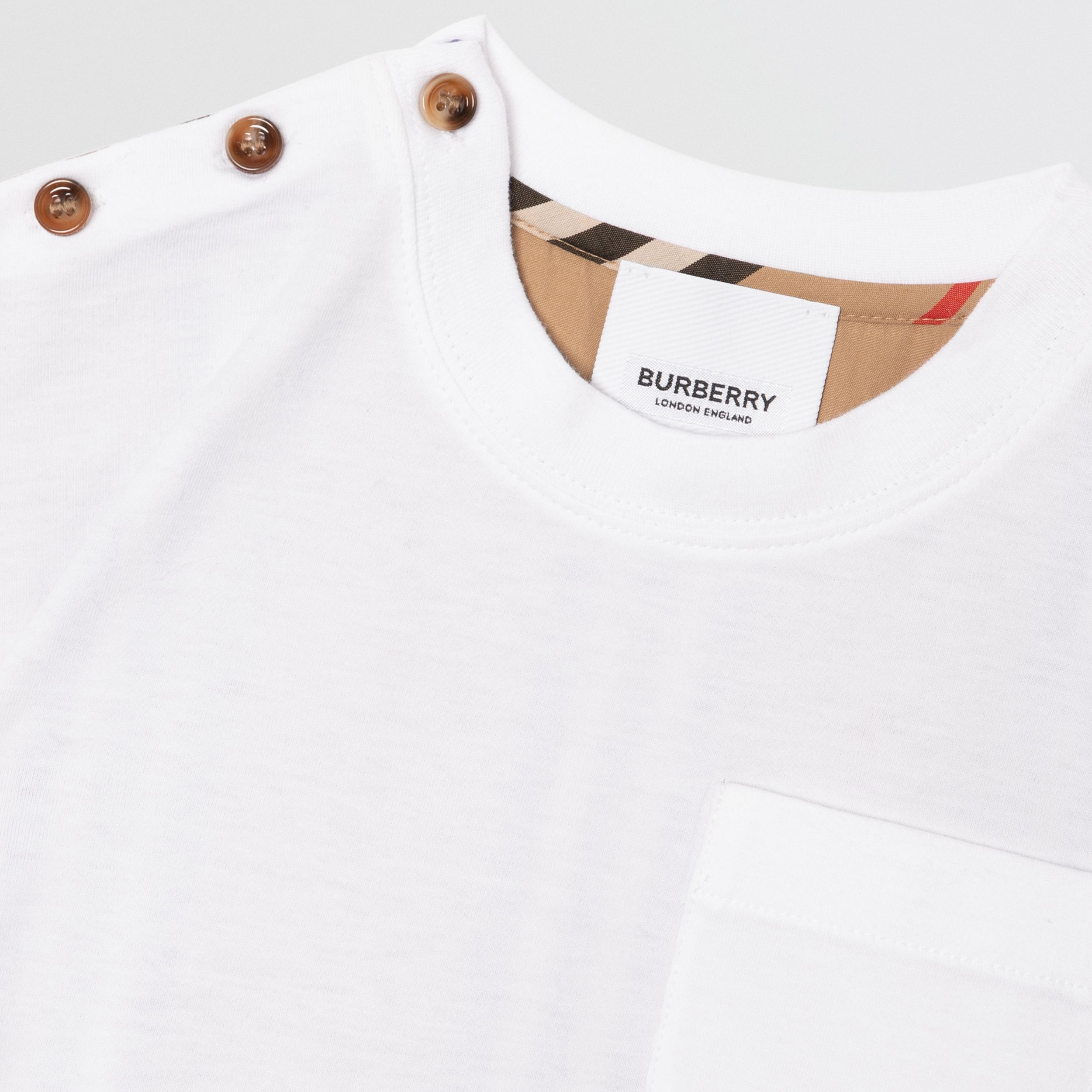 Icon Stripe Panel Cotton T-shirt in White/archive Beige - Children | Burberry United States - 2
