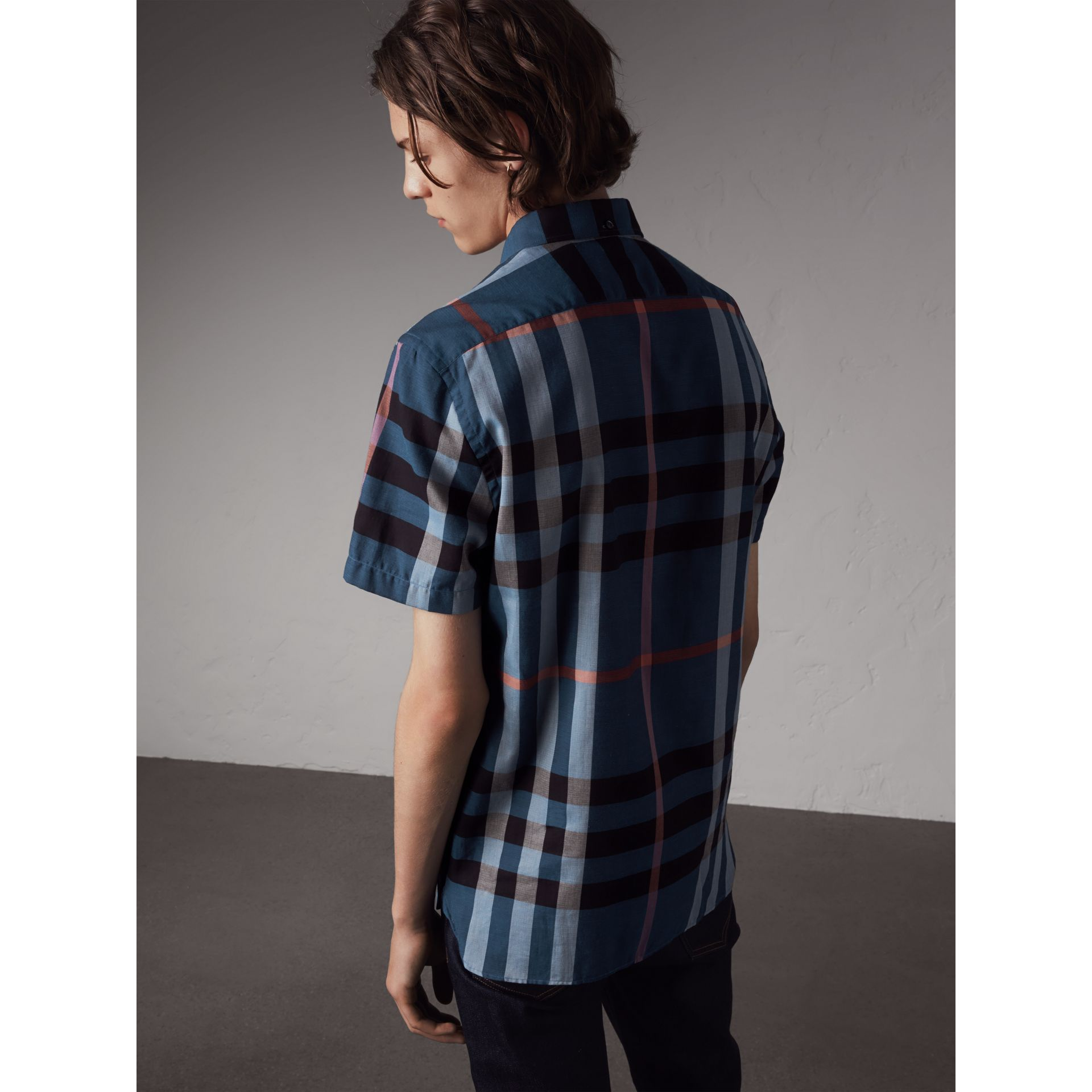 Button-down Collar Short-sleeve Check Cotton Shirt in Ink Blue - Men | Burberry - gallery image 3