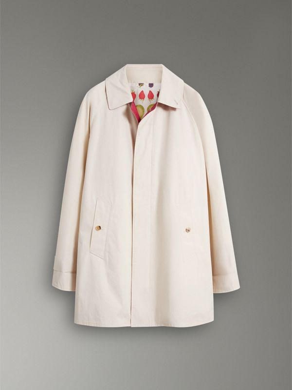 Reissued Waxed Cotton Gabardine Car Coat in Pale Stone - Women | Burberry United Kingdom - cell image 3