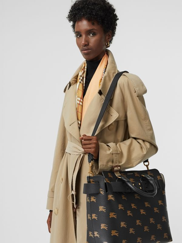 The Medium Equestrian Knight Leather Belt Bag in Black - Women | Burberry Canada - cell image 3