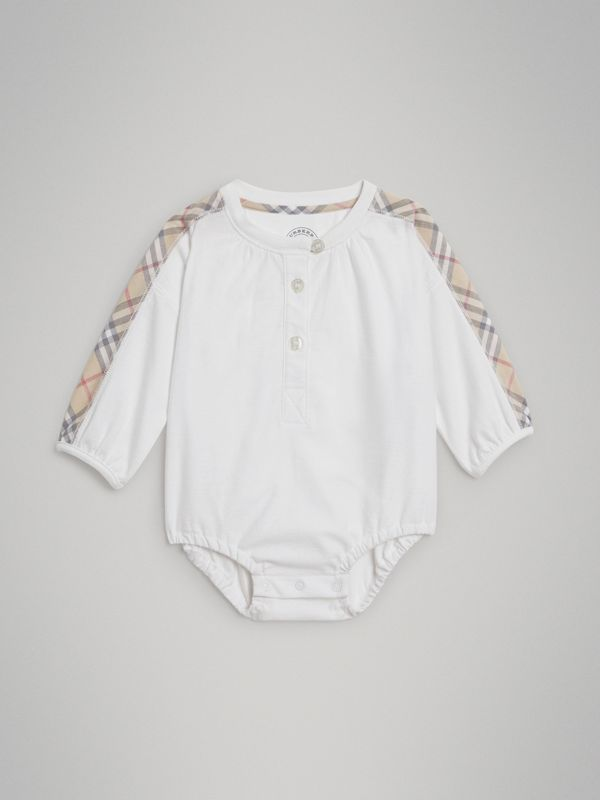 Check Cotton Three-piece Baby Gift Set in White - Children | Burberry United States - cell image 2