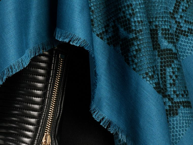 Mineral blue Lightweight Python Print Wool Cashmere Silk Poncho Mineral Blue - cell image 4