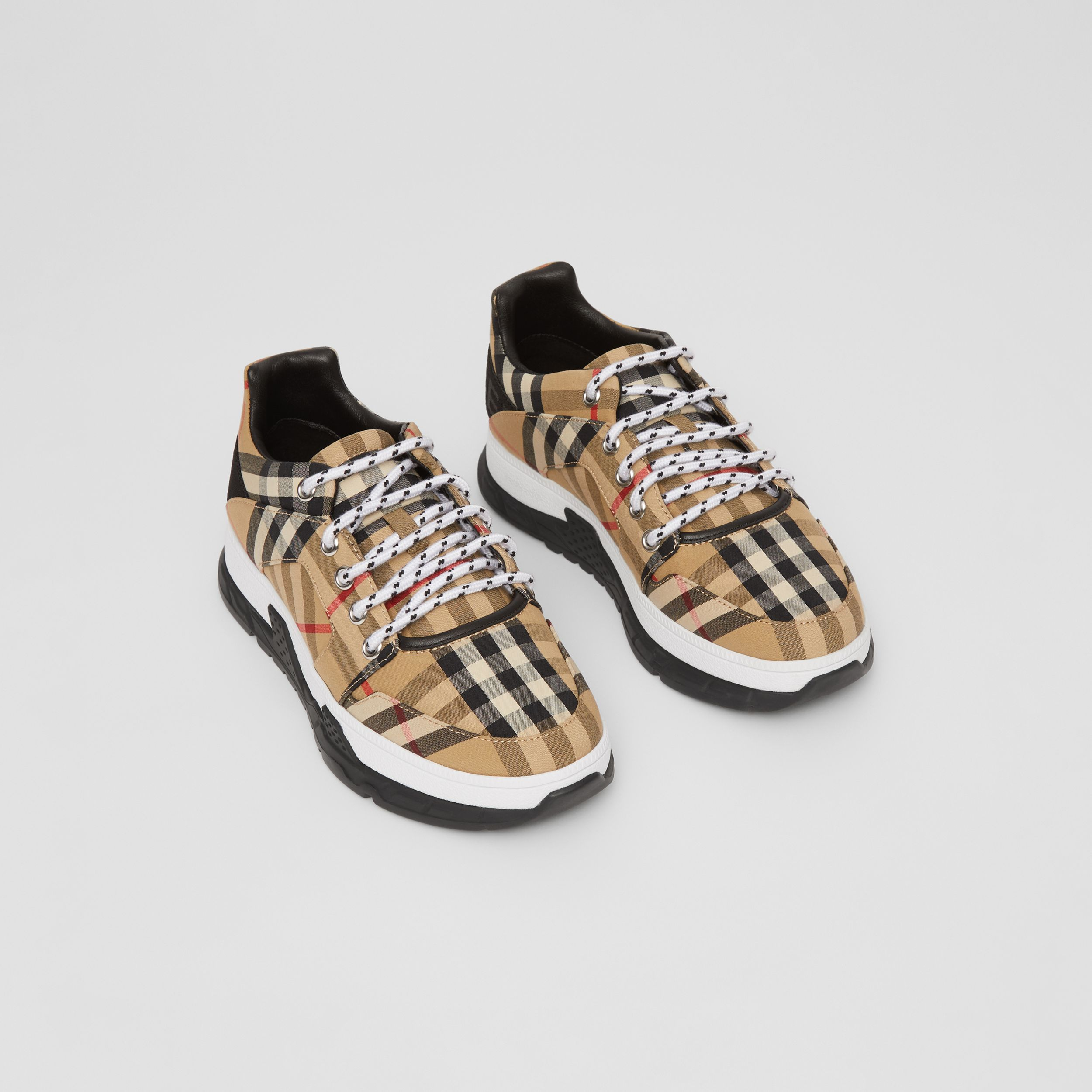Logo Detail Vintage Check Cotton Sneakers in Archive Beige - Children | Burberry - 1