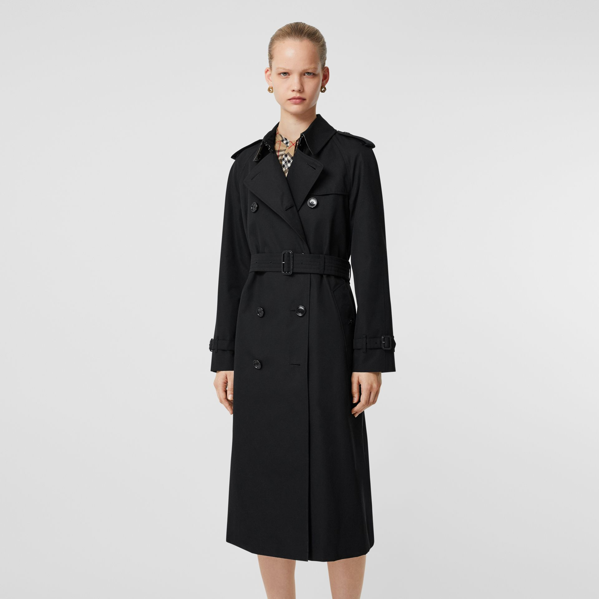 The Long Waterloo Heritage Trench Coat in Black - Women | Burberry United States - gallery image 7