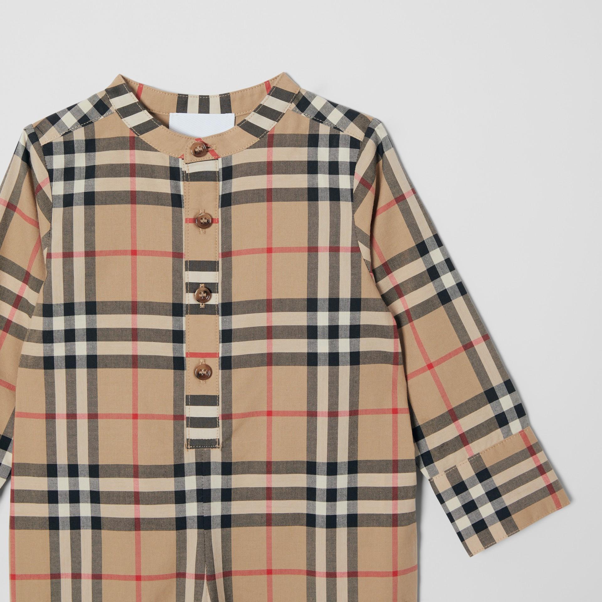 Vintage Check Cotton Jumpsuit in Archive Beige - Children | Burberry United Kingdom - gallery image 4