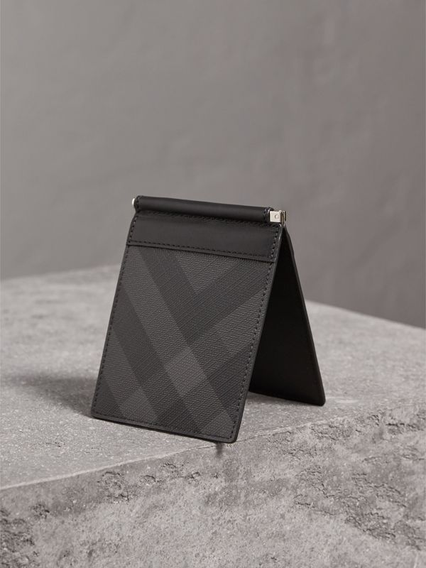 London Check Money Clip Wallet in Charcoal/black - Men | Burberry - cell image 2