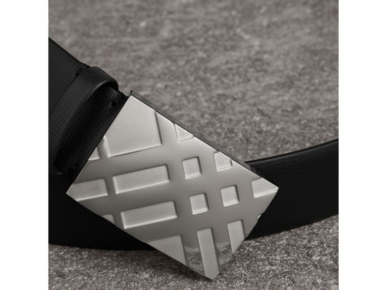 Check-embossed Buckle London Leather Belt in Black - Men | Burberry - cell image 1