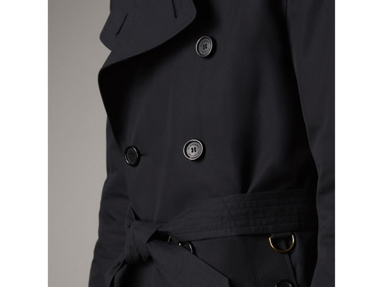 The Kensington – Short Heritage Trench Coat in Navy - Men | Burberry - cell image 4