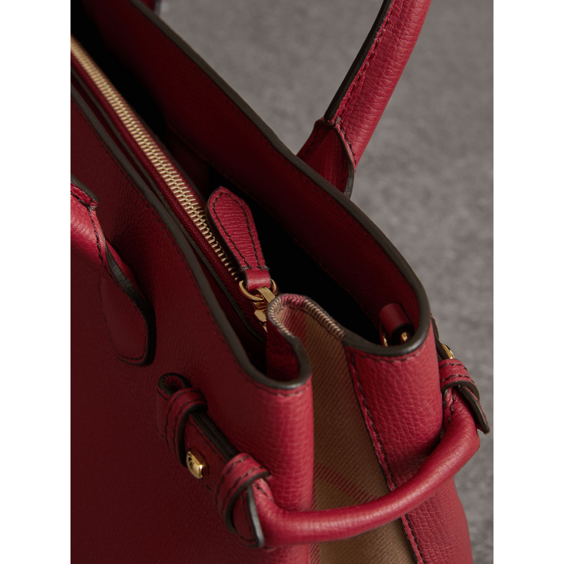 The Medium Banner in Leather and House Check in Russet Red - Women | Burberry United States - gallery image 5