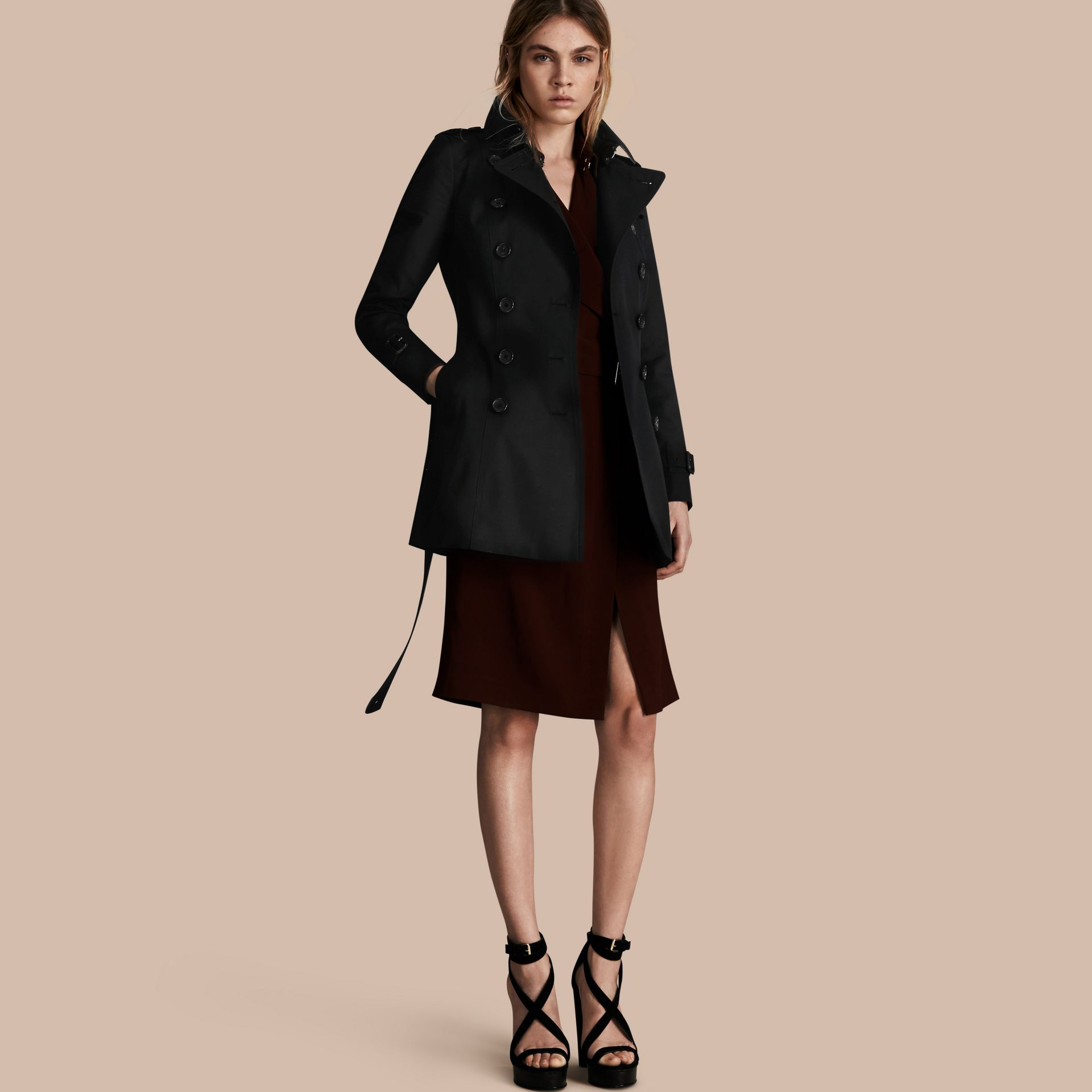 Black The Chelsea – Short Heritage Trench Coat Black - gallery image 1