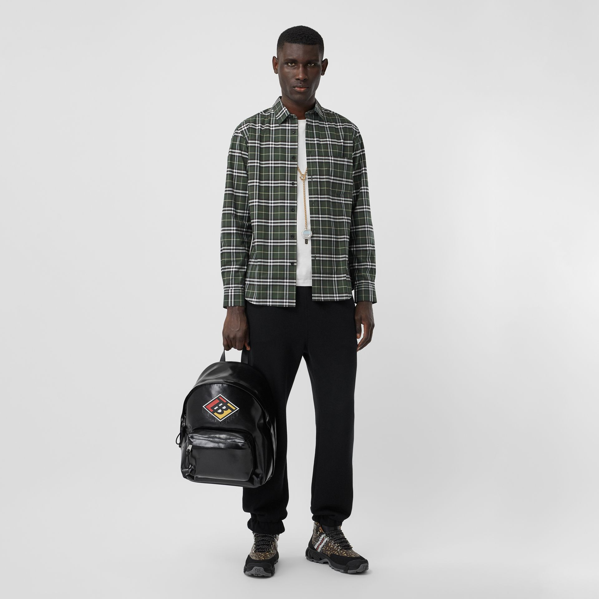 Small Scale Check Stretch Cotton Shirt in Seaweed - Men | Burberry United Kingdom - gallery image 0