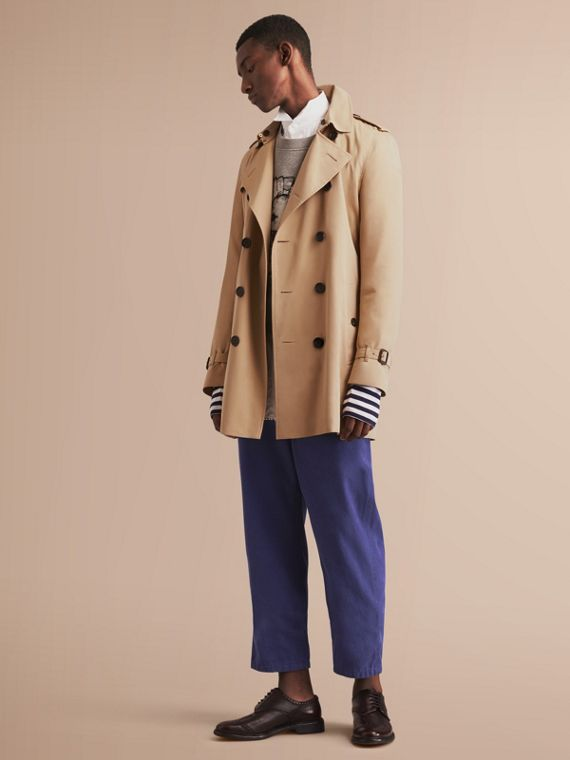 Trench coat Kensington – Trench coat Heritage de longitud media (Miel) - Hombre | Burberry