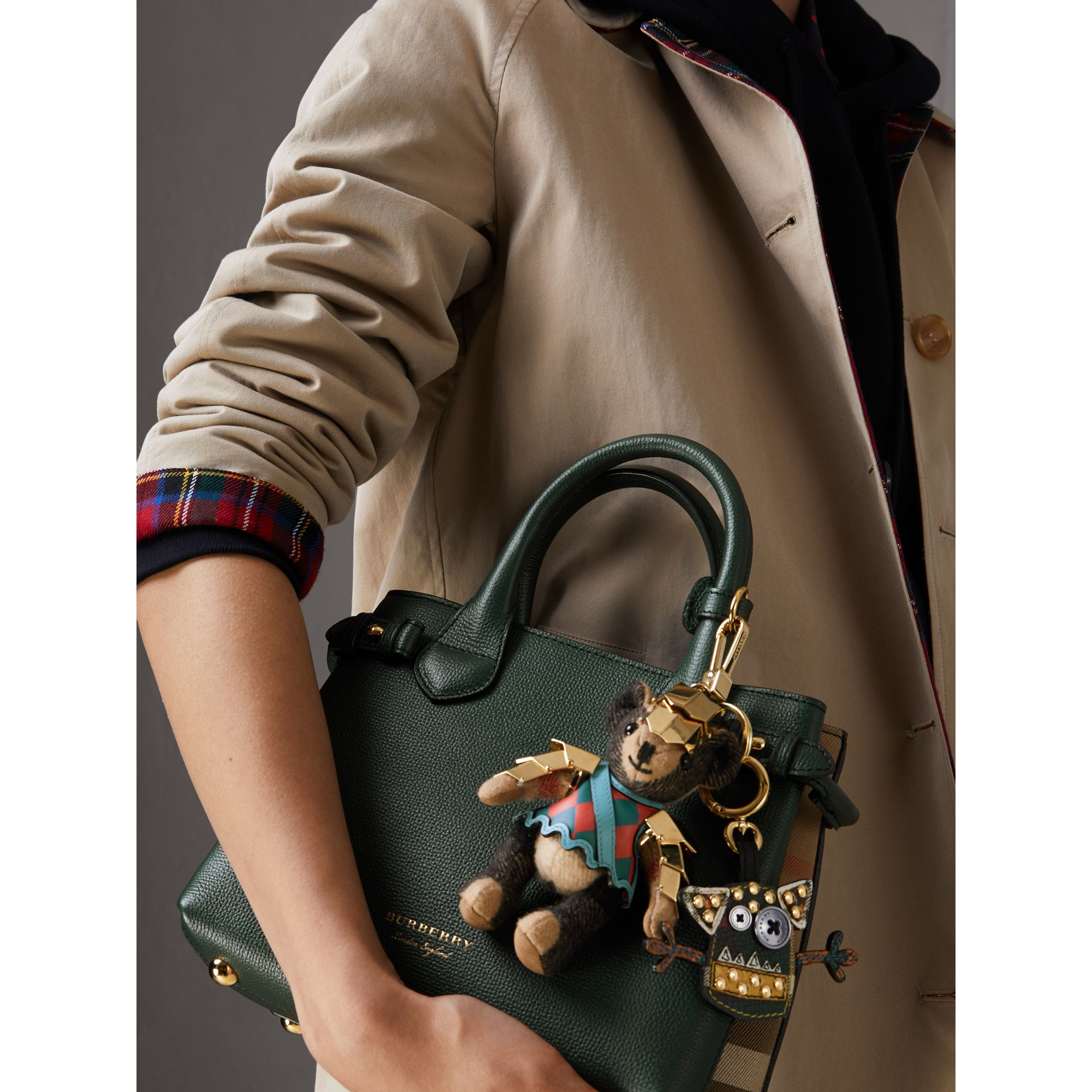 The Small Banner in Leather and House Check in Dark Bottle Green - Women | Burberry Singapore - gallery image 3